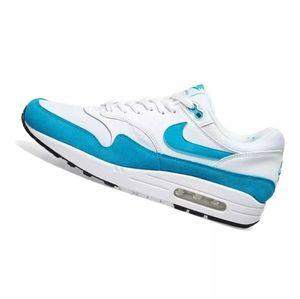 Nike Air Max 1.  319986 117 women's shoes